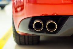Выхлопные трубы спортивной машины Стоковая Фотография RF