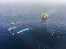 Πλατφόρμα άντλησης πετρελαίου παράκτια Λουιζιάνα, ΗΠΑ Στοκ εικόνες με δικαίωμα ελεύθερης χρήσης
