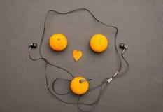 滑稽的水果的音乐播放器 免版税库存照片