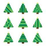 Установленные зеленые рождественские елки пиксела в векторе Стоковое Фото