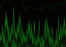 在显示器屏幕上的绿色心脏心电图 免版税库存图片