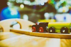 木五颜六色的精密玩具的培训 玩具细节 库存照片
