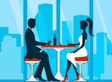 浪漫夫妇剪影在爱会议 免版税库存图片
