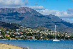 霍巴特和登上惠灵顿,塔斯马尼亚岛澳大利亚风景  免版税图库摄影
