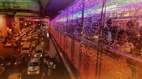 高峰时间交通,泰国模范,曼谷,泰国 免版税库存图片