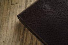 покройте кожей бумажник Стоковая Фотография