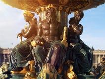 在协和飞机地方的喷泉在巴黎在法国 图库摄影