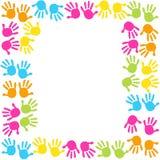 Печать ноги младенца и поздравительная открытка детей рук красочная Стоковое фото RF
