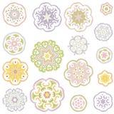 在意想不到的东方样式的五颜六色的花 免版税库存图片