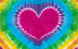 心脏标志领带被洗染的样式背景 免版税图库摄影