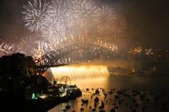 在悉尼港口的除夕庆祝 免版税图库摄影