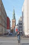 Ποδηλάτης στο τηλέφωνο Στοκ Εικόνα