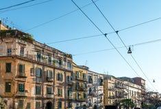 Άποψη οδών της παλαιάς κωμόπολης στην πόλη της Νάπολης Στοκ Εικόνες