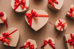 许多礼物心脏 爱 库存照片