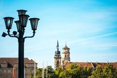 Στουτγάρδη με τα κτήρια και τα δέντρα Στοκ φωτογραφία με δικαίωμα ελεύθερης χρήσης
