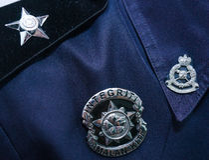 马来西亚警察徽章的特写镜头  库存图片