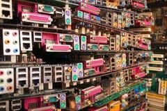 老计算机主板 堆过时硬件和电 图库摄影