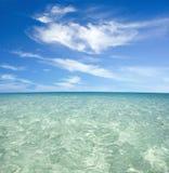 蓝色海滩 免版税图库摄影