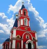 有钟楼的教会 免版税库存图片