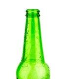 啤酒瓶绿色玻璃背景,玻璃纹理/绿色瓶/啤酒瓶与下落的在白色背景 免版税图库摄影
