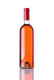 Το μπουκάλι αυξήθηκε κρασί στο άσπρο υπόβαθρο Στοκ Εικόνες