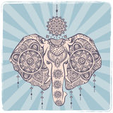 Винтажный индийский слон с племенными орнаментами Приветствие мандалы Стоковое Фото