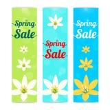 套在垂直的五颜六色的春季销售横幅 库存照片