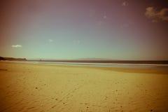 从太平洋海岸葡萄酒样式的海滩 免版税库存照片