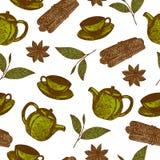 与手拉的茶文化的无缝的样式反对与茶壶,杯子,桂香,在白色背景的叶子茶 免版税图库摄影