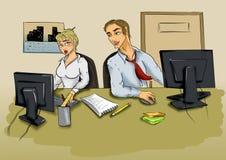 年轻人和妇女在计算机前面的办公室 库存图片