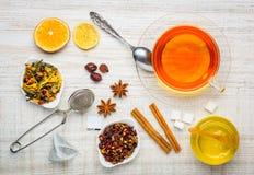 Τσάι και συστατικά Στοκ εικόνα με δικαίωμα ελεύθερης χρήσης