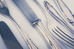 Όμορφη παλαιά ασημένια κινηματογράφηση σε πρώτο πλάνο μαχαιροπήρουνων, εκλεκτής ποιότητας ύφος Στοκ Εικόνες