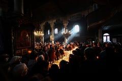 Φλογερός σταυρός με τα βάζα του μελιού Στοκ Εικόνα