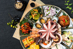 韩国食物,海鲜盘 免版税图库摄影