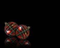 背景黑色圣诞节装饰品 免版税图库摄影