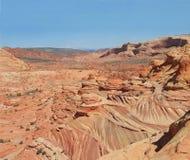 美国,亚利桑那/北部土狼的小山:对波浪-异常的砂岩风景 库存图片