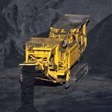煤炭运输机器 免版税库存图片