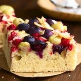 Κέικ φρούτων μούρων Στοκ Εικόνες