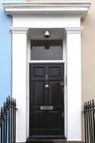 Μαύρη πόρτα εισόδων Στοκ εικόνα με δικαίωμα ελεύθερης χρήσης