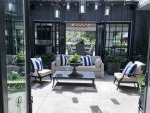 美丽的室外露台-庭院 免版税图库摄影