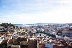 里斯本,葡萄牙:全视图 免版税库存图片