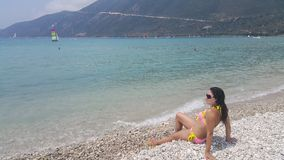 Ελκυστικό κορίτσι στην παραλία Στοκ Εικόνες