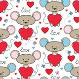 与心脏无缝的样式的逗人喜爱的老鼠 库存照片