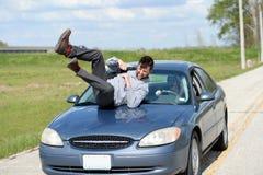 Пешеход будучи ударянным автомобилем Стоковое Фото