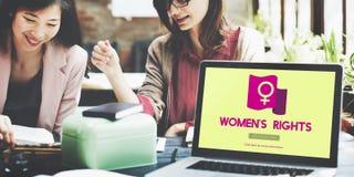 Равный феминиста силы женщины выпрямляет концепцию Стоковое фото RF