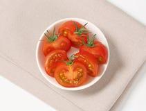 未加工的蕃茄一半 库存图片