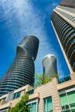 当代建筑学在密西沙加加拿大 免版税库存照片