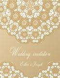 Приглашение свадьбы украшенное с белым шнурком Стоковая Фотография RF