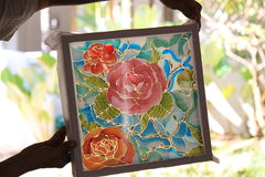 马来西亚蜡染布-水性涂料和蜡在帆布 库存图片