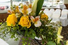 Замужество свадьбы, цветки на месте Стоковые Изображения
